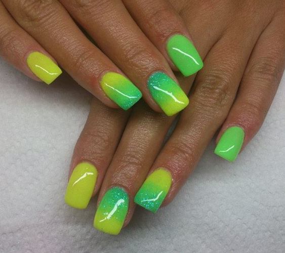 green-yellow-ombre-nails - DIYbunker