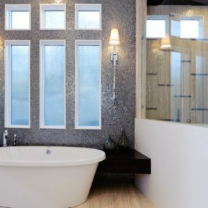 feature bathroom wall