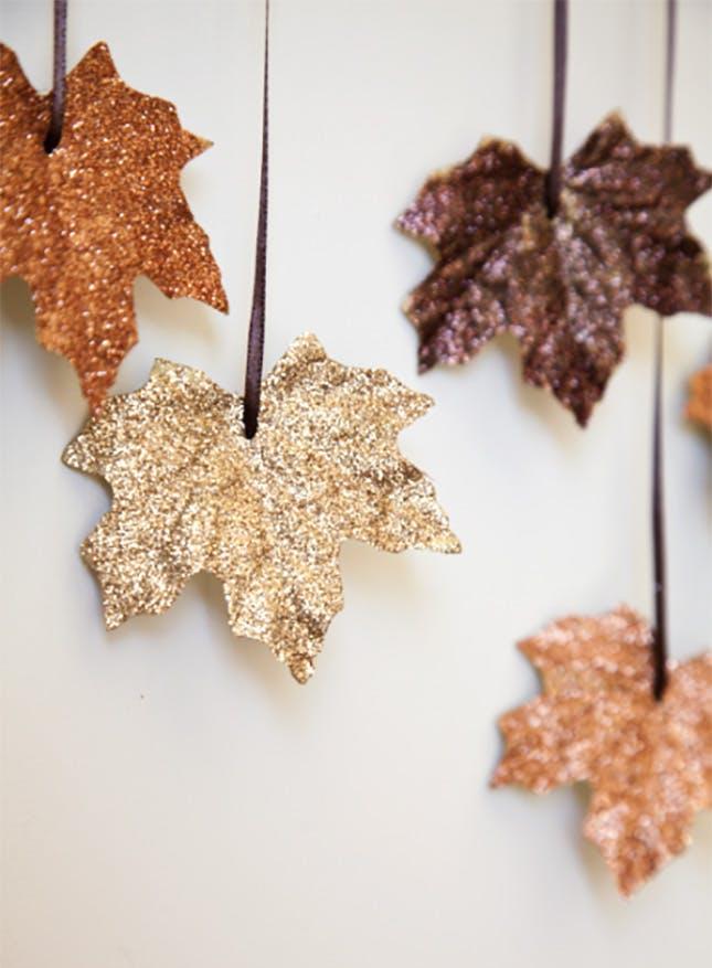 Glitter Garland DIY Party Idea