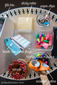 These 8 Back to School Organization Hacks Are EVERYTHING! If you are looking to have a smooth semester/school year, try out some of these organization tips!
