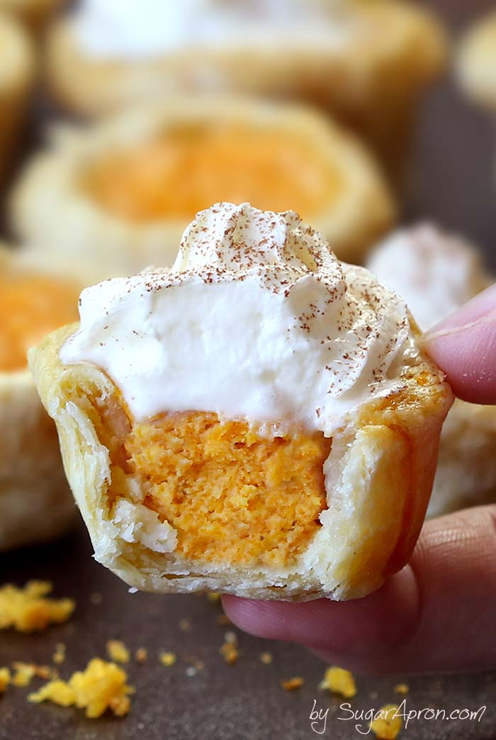 Pumpkin Pie Bites Recipe With Whipped Cream on Top
