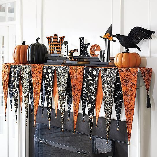 DIY No Sew Halloween Fireplace Mantel Decor