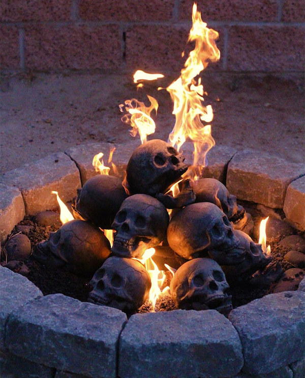 DIY Skull Fire Pit for Halloween