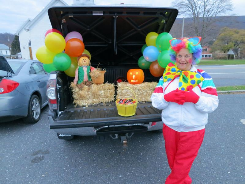 Circus and Clown Pumpkin Patch Trunk or Treat