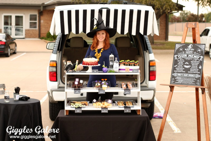 Witch's Bake Shop Trunk or Treat DIY