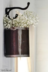 These 8 Fixer Upper Style DIYs Will Give You The Most AMAZING Farmhouse Decor On The Cheap!