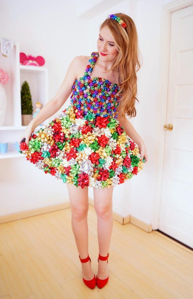 present bow dress