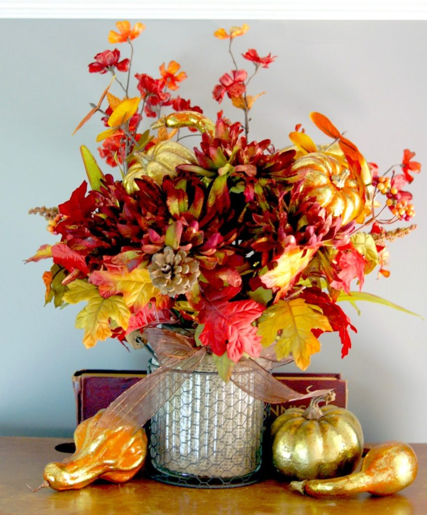 fall arrangement with chicken wire