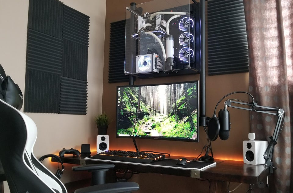 Soundproof Streaming Gaming Room Setup