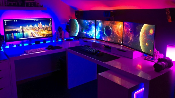Outer Space PC Gaming Room