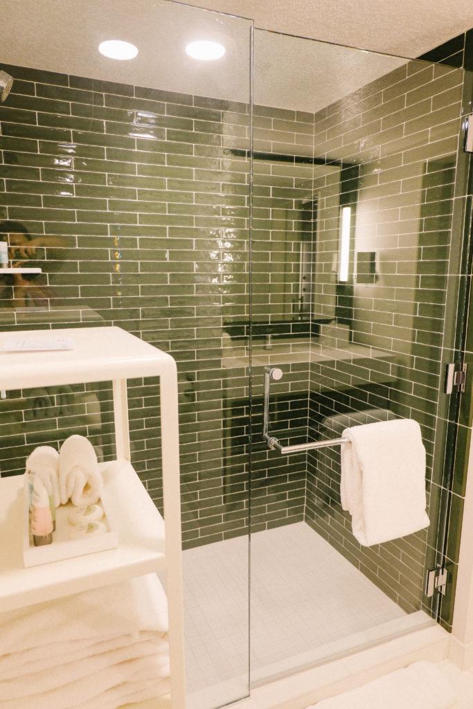 Park MGM Bathroom