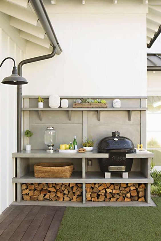 Modern Farmhouse Style Outdoor Kitchen