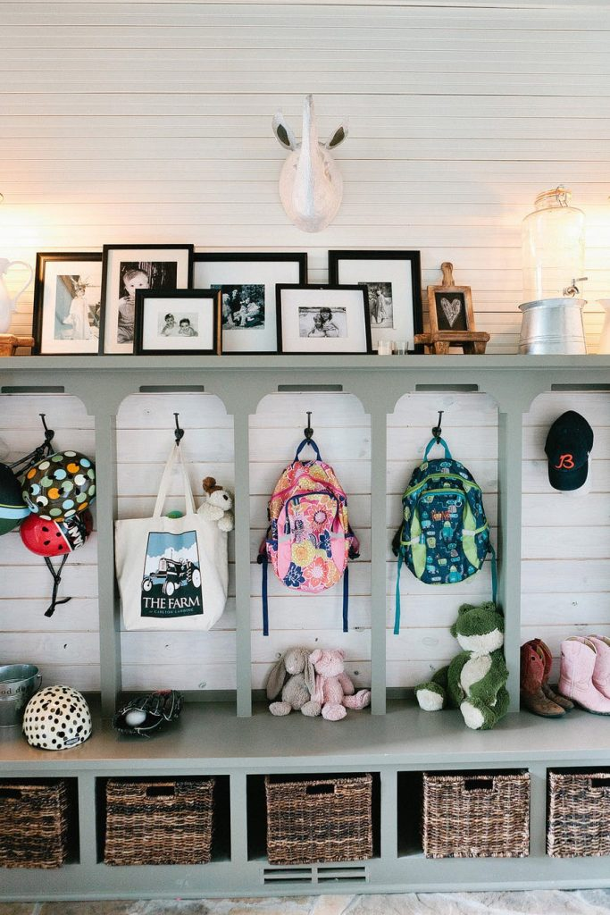 Eclectic Farmhouse Mudroom Entryway Idea