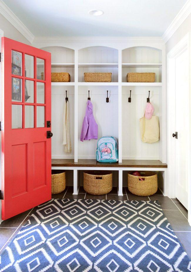 Red Door Mudroom Entryway Idea