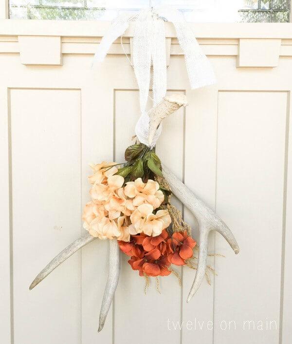 DIY Antler Wreath for Fall Decor