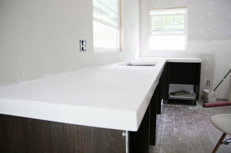 DIY White Concrete Counter Tops