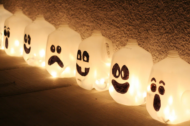DIY Spirit Jugs - Luminary for Halloween