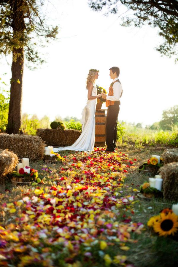 Fall Leaves DIY Aisle for Autumn Weddings