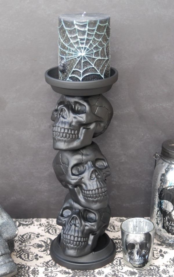 DIY Halloween Decoration Idea-Skull Candy Holder