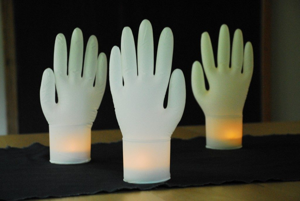 Inflatable Gloves DIY for Halloween