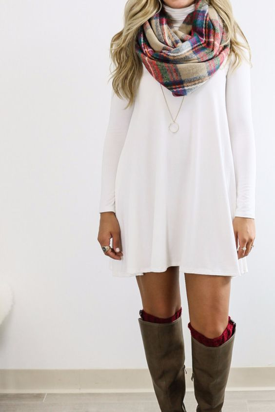 White Fall Themed Outfit With Scarf