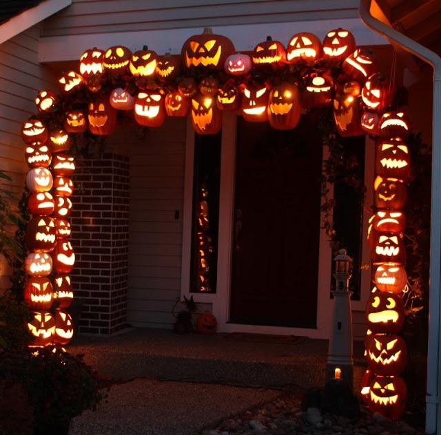 Halloween Pumpkin Arch DIY