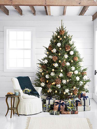Pinecone Christmas Tree Decor