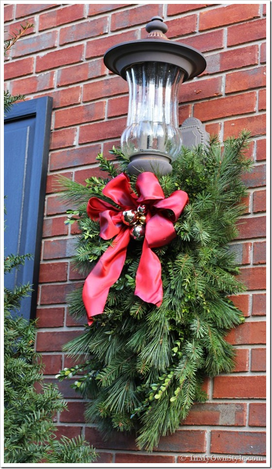 DIY Christmas Porch Light Decoration