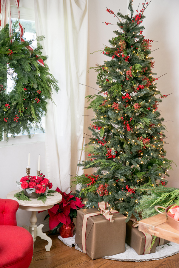 Red Berries Christmas Tree Decor