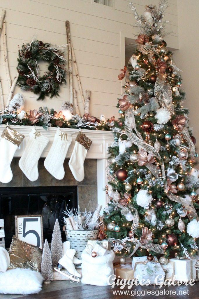 Metallic Glam Christmas Tree