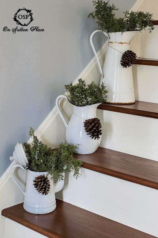 Rustic Vintage Christmas Decor DIY