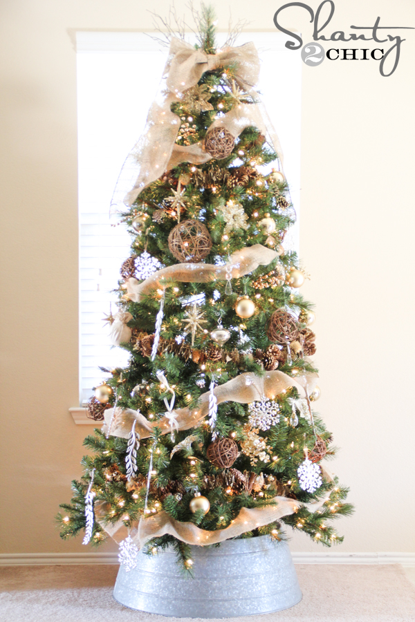 Rustic Gold Farmhouse Christmas Tree
