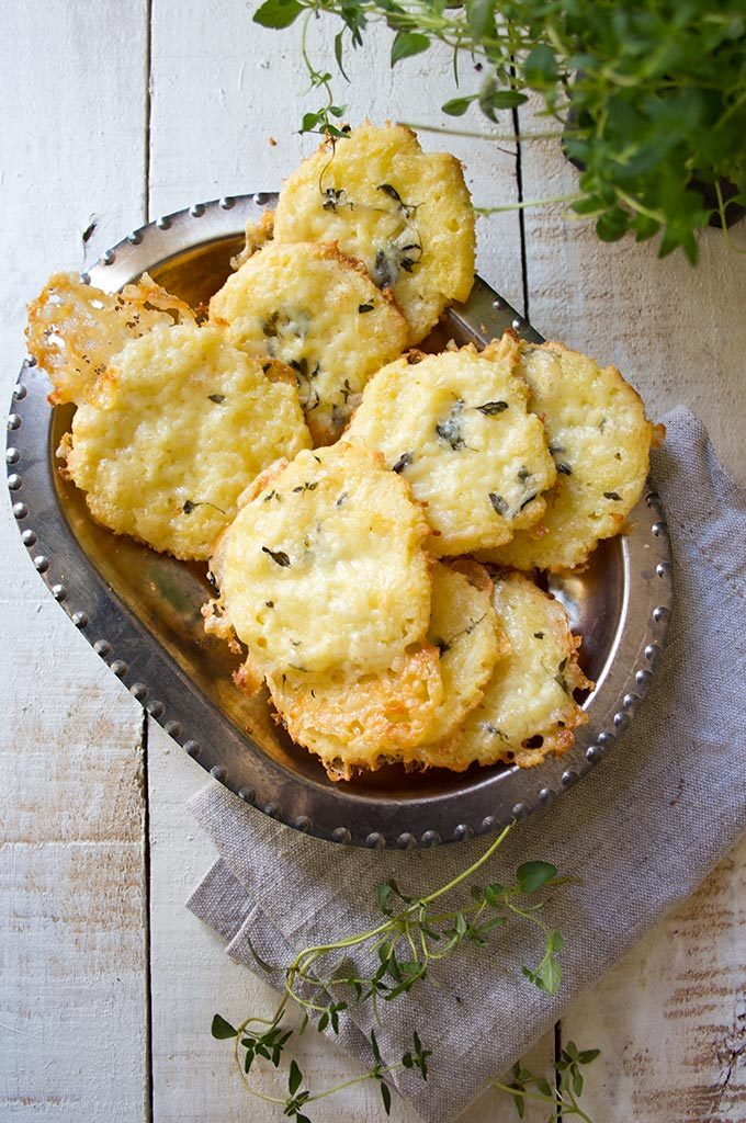 Cheese Thyme Crackers Recipe