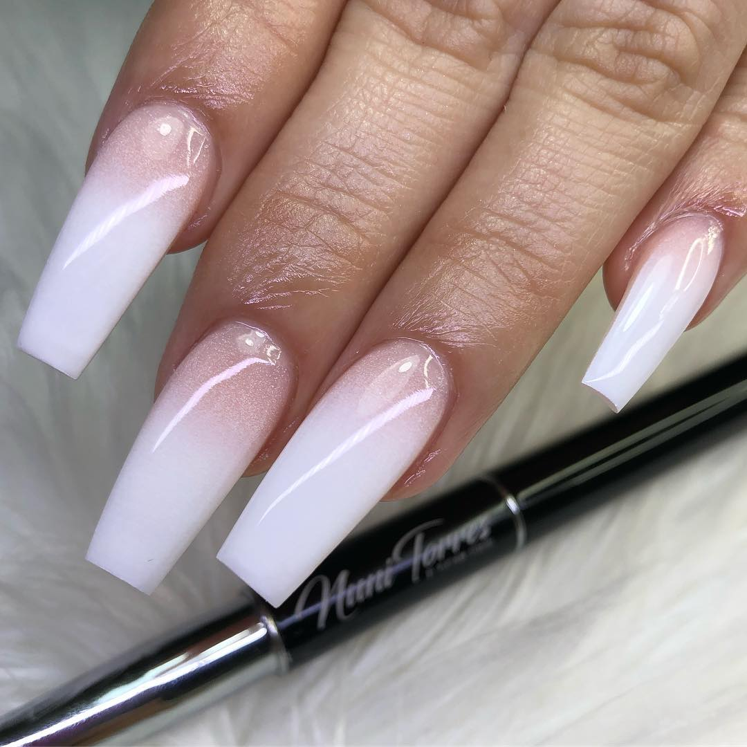 Airbrush Ombre White Coffin Nails