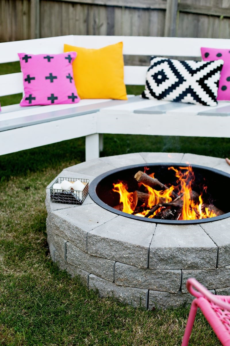 4 Step Fire Pit DIY-DIY firepit ideas