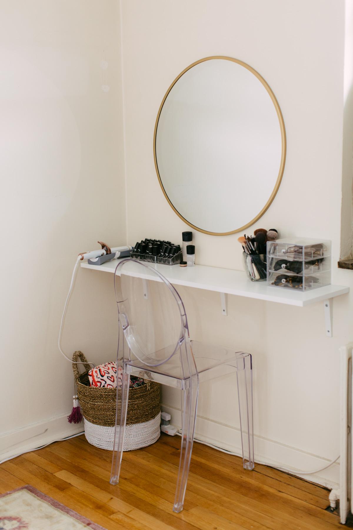 10 Best Diy Makeup Vanity Ideas For Your Small Bedroom