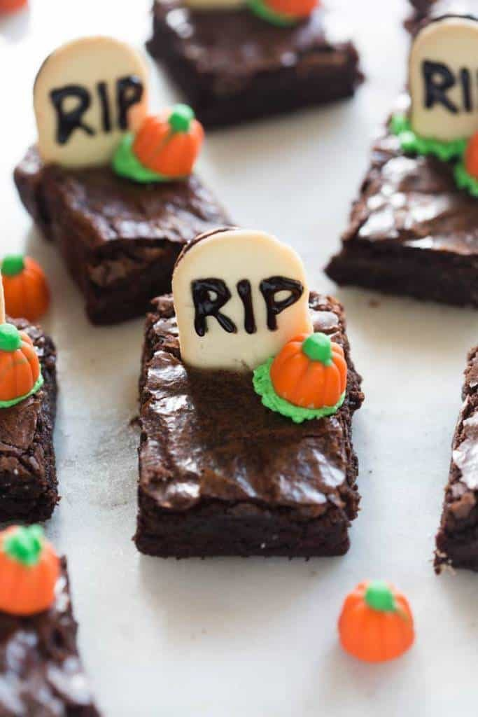 Halloween Graveyard Brownies
