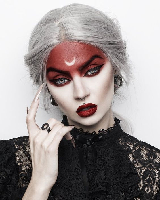 Wicked Witch - Halloween Makeup Ideas for Women