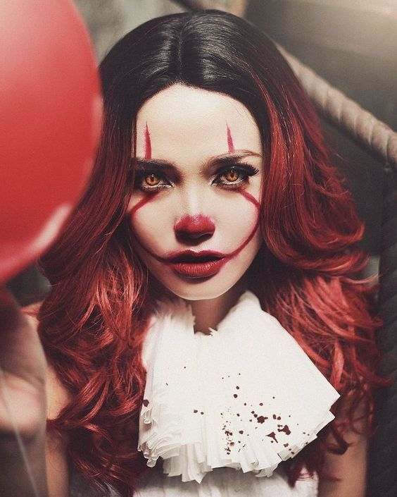 Female 'It' The Evil Clown Makeup