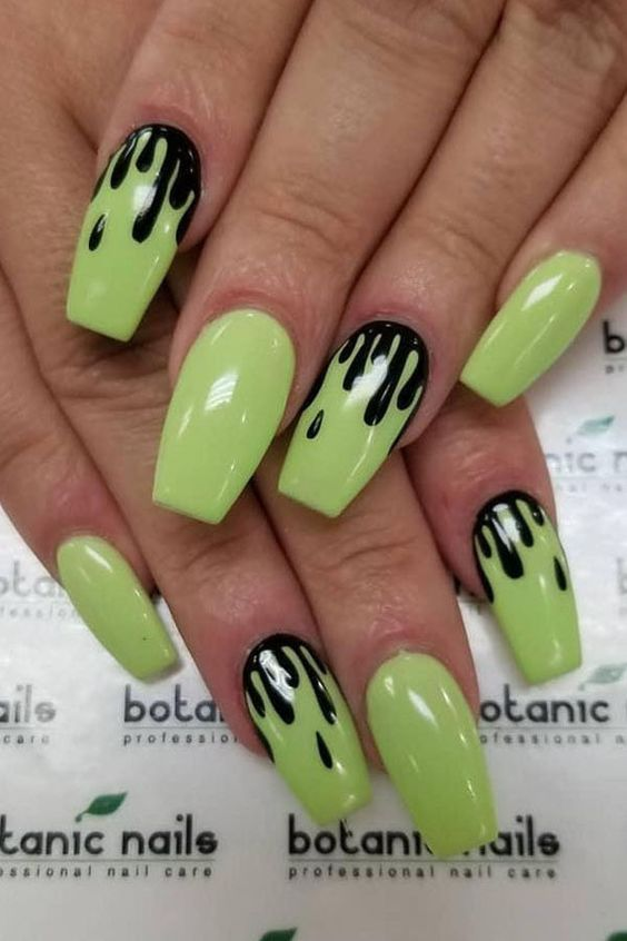 Black and Green Slime Halloween Nails