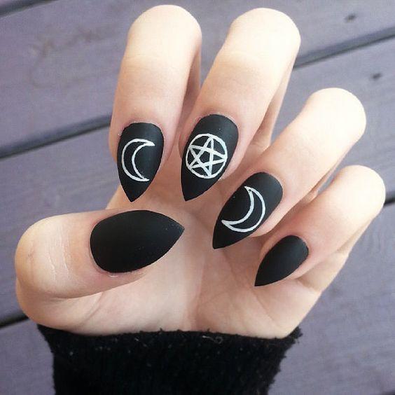 Halloween Black and White Chalk Pentagram Nails