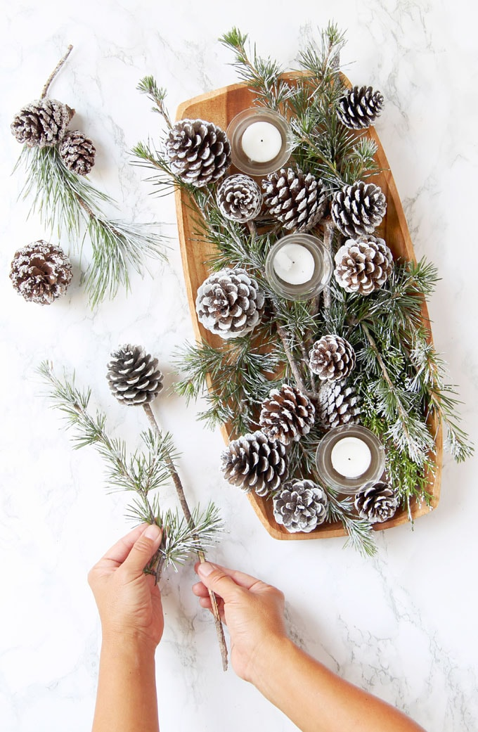 Easy DIY Snow Covered Pine Cones