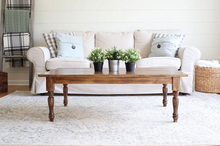 Wood Farmhouse Coffee Table DIY