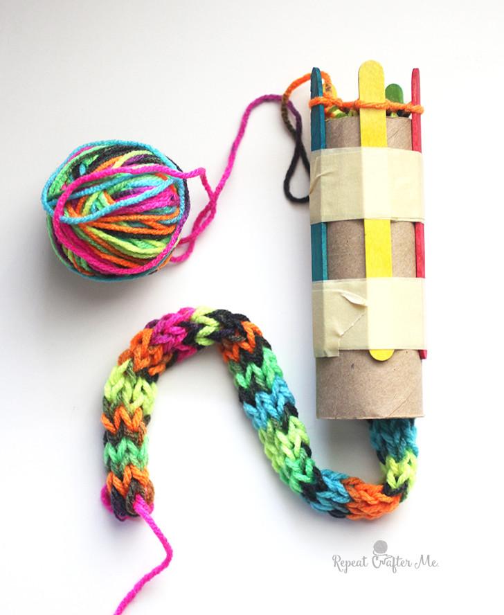 cardboard roll snake knitting craft