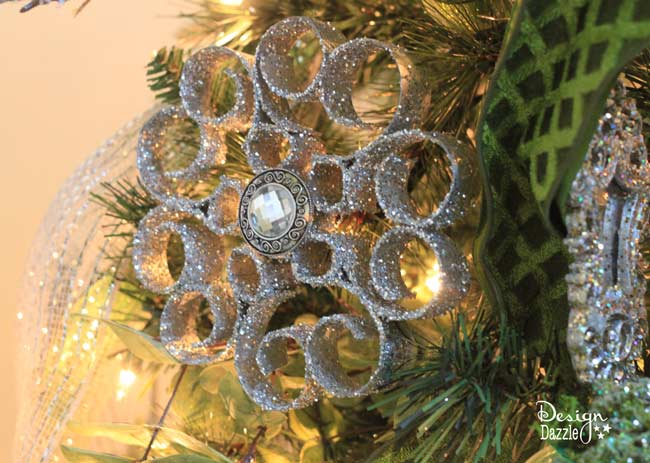 paper roll christmas ornaments