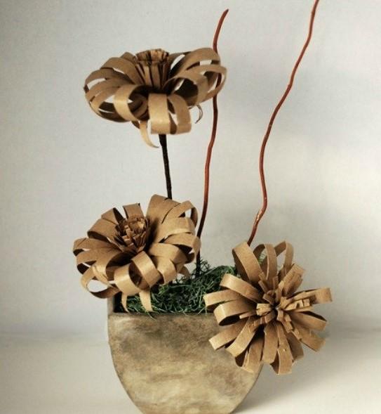 paper roll flowers diy