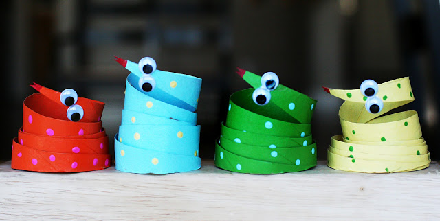 paper roll snakes