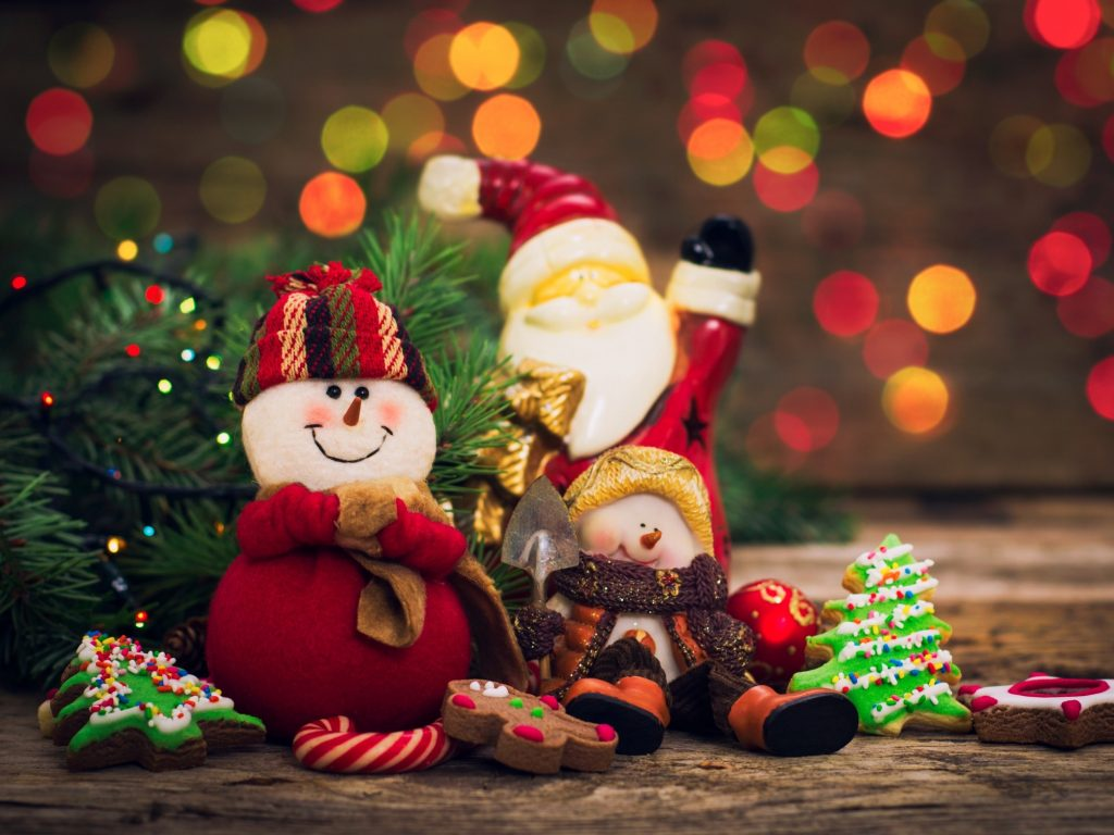 50+ HD Christmas Wallpapers for iPhone